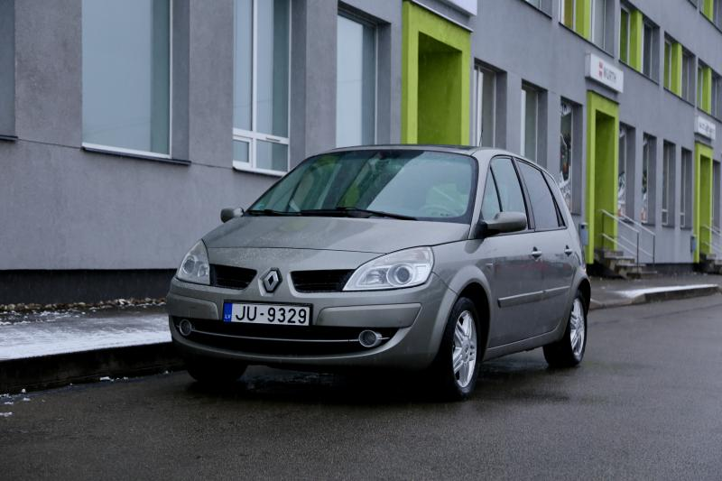 Renault - SCENIC - pic1