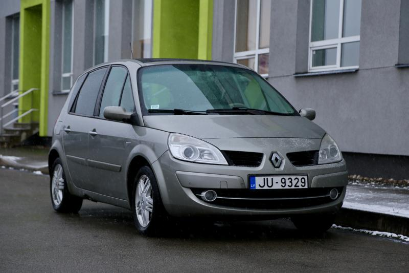 Renault - SCENIC - pic4