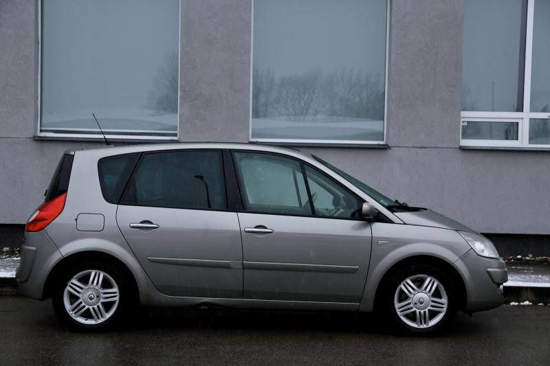 Renault - SCENIC - pic3