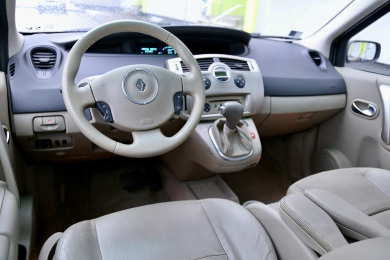 Renault - SCENIC - pic7